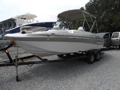 2009 NAUTIC STAR 222 SC