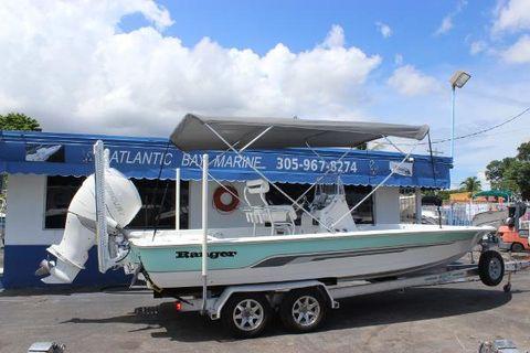 2003 Ranger 2300 Bay Ranger