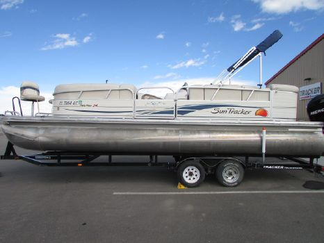 2008 Sun Tracker 24 Party Barge
