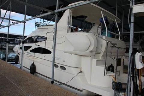 2007 Cruisers 395 Motoryacht