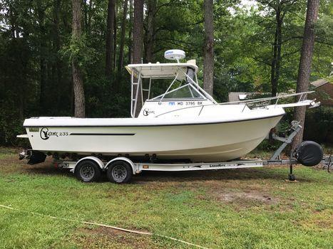2002 C-hawk Boats 235 Cuddy