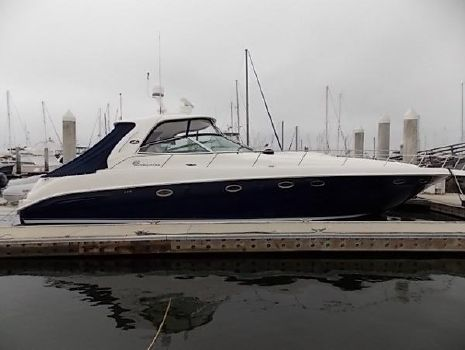2005 Sea Ray 460 Sundancer Starboard side