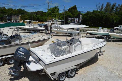 2006 Angler Boats 230b