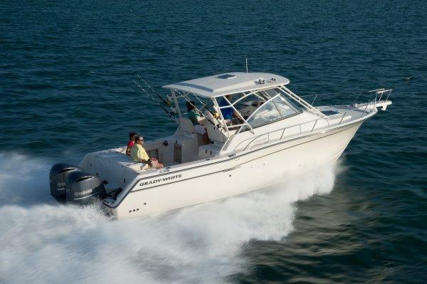 2015 Grady-White 330 Express WA