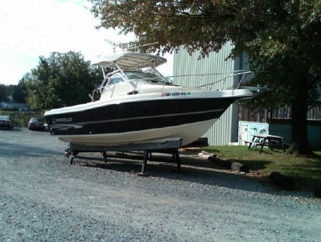 2004 Caravelle Boats 230 Walk Around Stern Drive