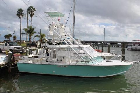 1992 Angler Boats 32 Stuart Angler