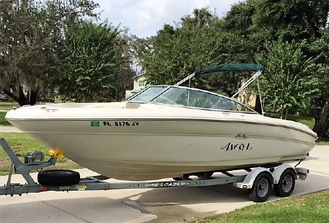 1999 Sea Ray 210 Signature