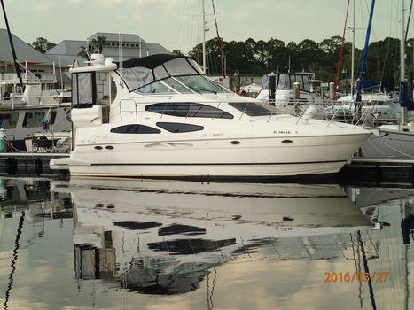 2004 Cruisers Yachts Cruiser 405