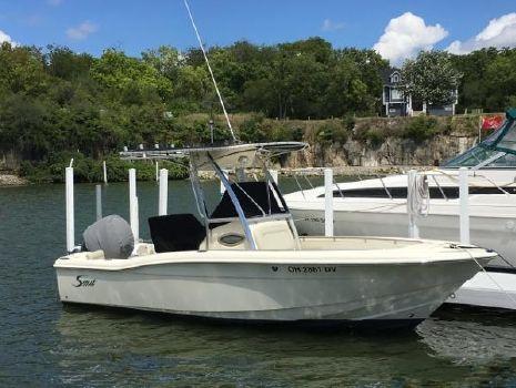 2005 Scout Boats 210 / 222 Sportfish