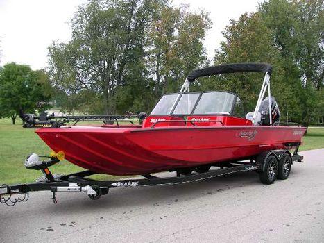 2017 Seaark ProCat 240