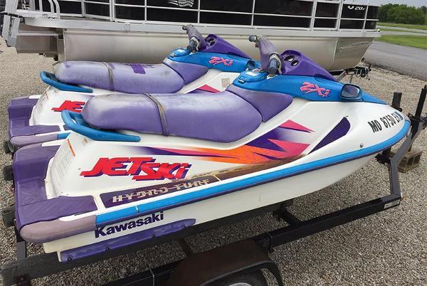 1996 kawasaki 8 foot purple white 1996 motor boat in for Kawasaki outboard boat motors