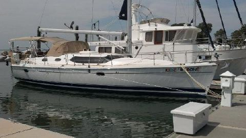 2010 Hunter 45 Deck Salon