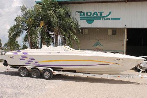 2000 IMP Viper 330 Offshore