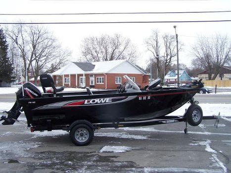 2010 Lowe Fishing Machine 165