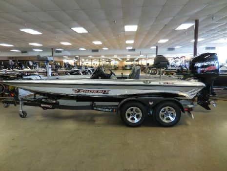 2015 Phoenix Boats 819 Pro
