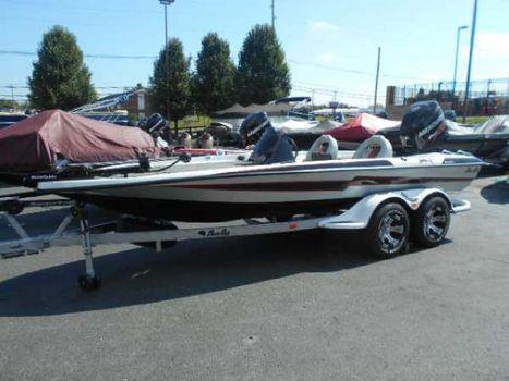 2014 Bass Cat Boats Pantera Ii