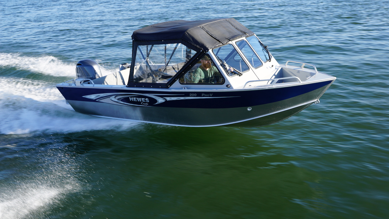 2016 hewescraft 20 pro v 20 foot 2016 hewes boat in