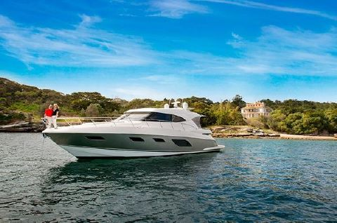 2017 Riviera 6000 Sport Yacht 2017 Riviera 6000 Sport Yacht