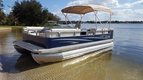 2015 Genesis Boats Pontoon boat