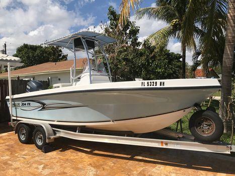 2007 Angler Boats  Angler FX 204