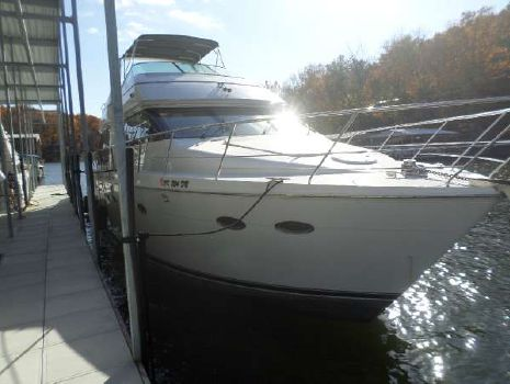 2001 CARVER YACHTS 530 Voyager