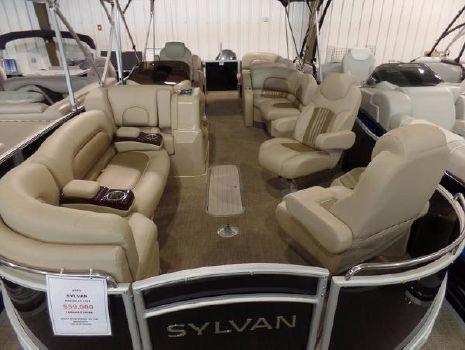 2016 Sylvan Mandalay 8525 LZ