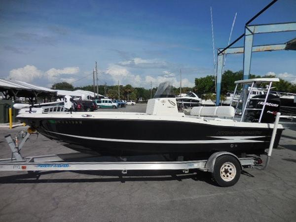 2008 Hydra-Sports 19 Bay Bolt