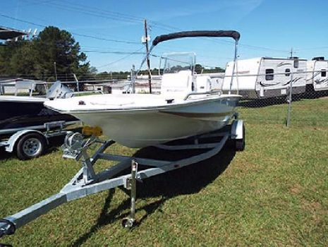 2016 Key Largo 186 Bay Boat