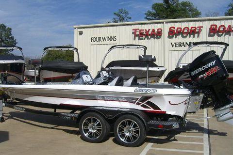 2013 Legend Boats Alpha 211