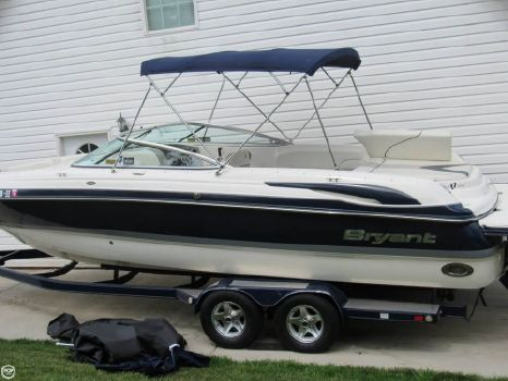 2008 Bryant 265 Bowrider 2008 Bryant 265 Bowrider for sale in Chattanooga, TN