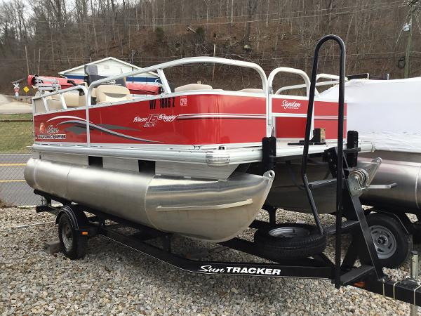 Used 2015 Sun Tracker Bass Buggy 16 Dlx, Lavalette, Wv - 25535 ...