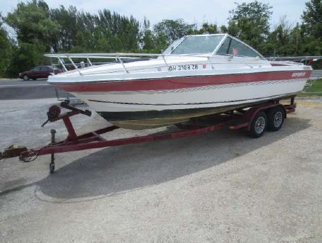 1989 Imperial Boats 230