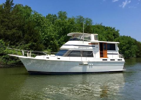 1985 Gulfstar 44 Motor Yacht