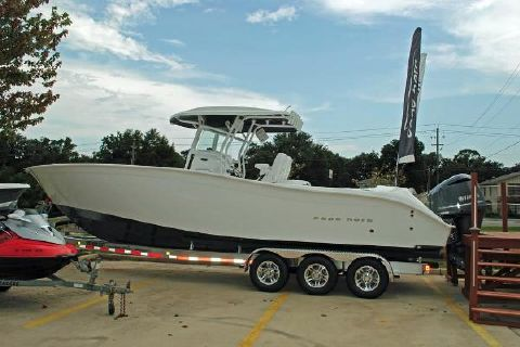 2016 Cape Horn 32 2016 Cape Horn 32- hull view