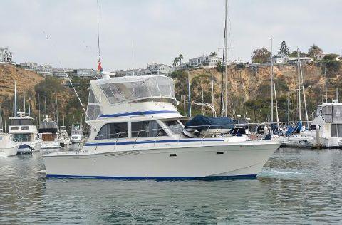 1985 Chris-Craft 382 Commander Starboard Profile