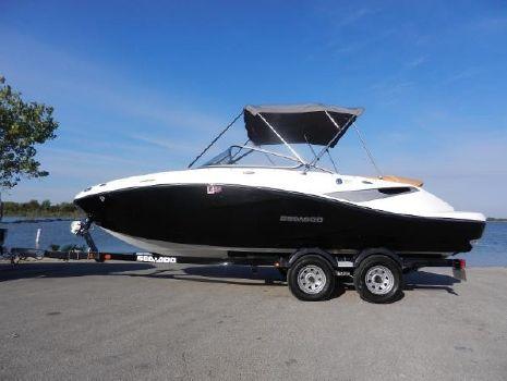 2010 Sea-Doo Sport Boats 210 Challenger SE