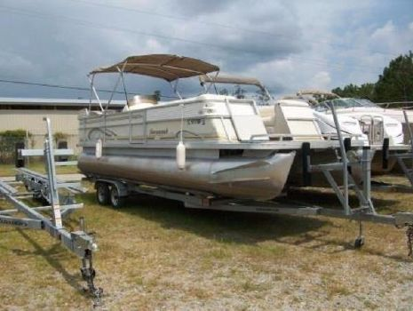 1999 Crest 250 Savannah