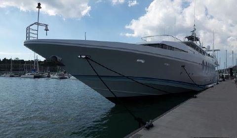 1990 Oceanfast Trideck Superyacht