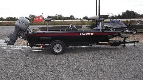 1996 Champion Boats 181