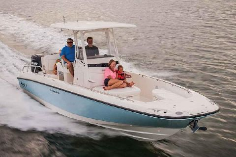 2017 Boston Whaler 270 Dauntless Manufacturer Provided Image