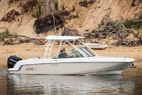 2017 Boston Whaler 230 Vantage Manufacturer Provided Image