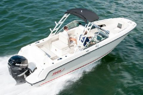 2018 Boston Whaler 230 Vantage Manufacturer Provided Image