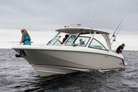 2017 Boston Whaler 320 Vantage Manufacturer Provided Image