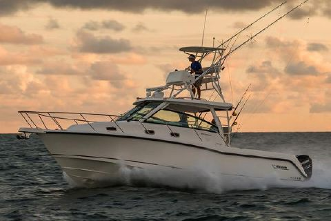 2018 Boston Whaler 345 Conquest Manufacturer Provided Image