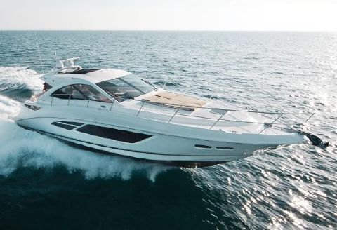2013 Sea Ray 510 Sundancer Manufacturer Provided Image