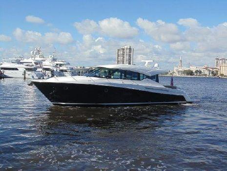2014 Tiara 50 ' Express Cruiser
