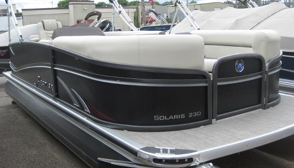 2016 Premier Solaris 230