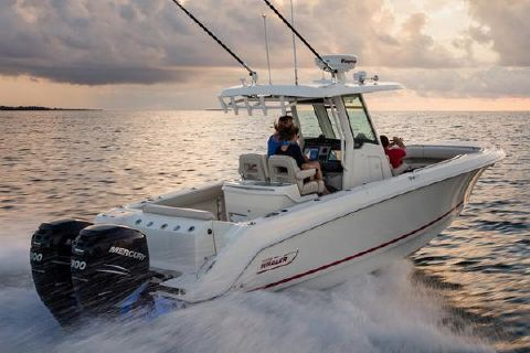 2018 Boston Whaler 280 Outrage Manufacturer Provided Image