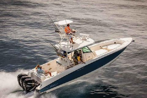 2017 Boston Whaler 350 Outrage Manufacturer Provided Image