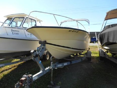 2005 ANGLER BOATS Eagle 20